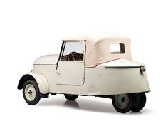 1942 Peugeot VLV                                                                                                                                                                   Estimate:$30,000-$40,000 US