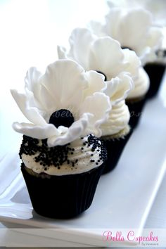 A lovely cupcake for a black and white themed party