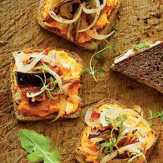 Open-Faced Sweet Potato-Mushroom Sandwiches - Fall Farmers' Market Recipes - Southern Living