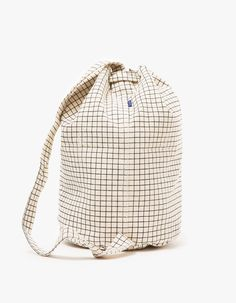 From Baggu, a durable canvas sling bag in Natural Grid. Designer Backpacks, Waxed Canvas, African Fabric, Clutch Purse, Canvas Tote Bags, Bag Making, Bag Accessories, Shoulder Bag, Purses