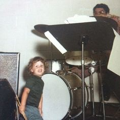Very very young billie joe... that looks like his dad behind the drums
