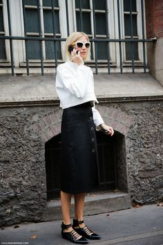 Work Wear Inspiration | Image via collagevintage.com