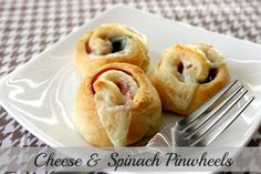 Cheese & Spinach Pinwheels appetizers