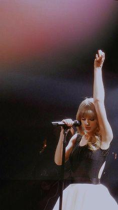 Estilo Taylor Swift, Taylor Swift Facts, All About Taylor Swift, Live Taylor, Red Taylor, Taylor Swift Pictures, Taylor Alison Swift, Taylor Swift Concert, John Maxwell