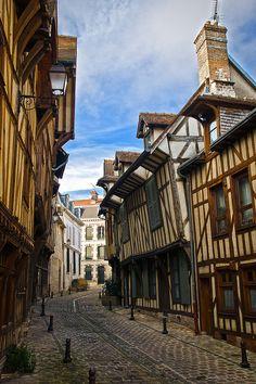 Troyes, France, Europe, Town, Village, Medieval, Fachwerk, Tudor, Half-timber, Street, Cobblestone, Architecture, Travel, Photography,