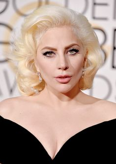 Lady Gaga attends the 73rd Annual Golden Globe Awards held at the Beverly Hilton Hotel on January 10, 2016 in Beverly Hills, California.