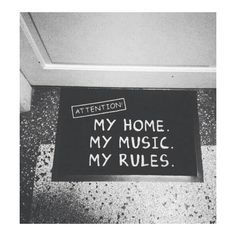 Image shared by Mahiz on We Heart It: discover music, rules, and home photos.