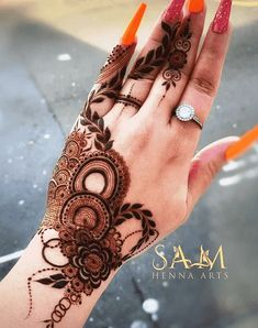 Mehndi Designs Front Hand, Simple Mehndi Designs Fingers, Latest Henna Designs, Floral Henna Designs, Henna Tattoo Designs Simple, Full Hand Mehndi Designs, Mehndi Designs 2018, Henna Art Designs, Modern Mehndi Designs