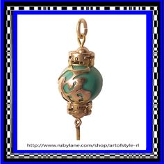 CHINESE LANTERN 14K Gold Chinese Prosperity Good Luck Charm Vintage 1960s