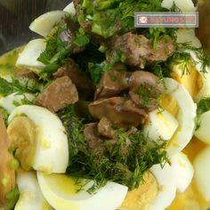 savuros.info Drob de pui cu ouă – atât de gustos, încât nu va rămâne nici o fărâmitură de drob în farfurie! - savuros.info Mashed Potatoes, Beef, Ethnic Recipes, Ox, Shredded Potatoes, Steak