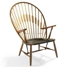 Deze heerlijk delicate PAUW STOEL is een exacte reproductie van een ontwerp beroemd gemaakt door Hans Jørgen Wegner, de Deense meubelontwerper die aan de internationale populariteit van het Deens design heeft bijgedragen in het midden van de 20e eeuw. Dat was de populariteit van zijn werk, dat een enorme bijdrage aan de modernistische beweging was, de PAUW STOEL en soortgelijke ontwerpen veroverde de stemming van een generatie. Hij is vooral bekend om zijn stoel ontwerpen en creaties, zijn…