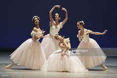 Staatsballett Berlin dances 'Glories of the Romantic Ballet'; play: Pas de Quatre, dancers: Shoko Nakamura, Polina Semionova, Nadja Saidakova from left Beatrice Knop