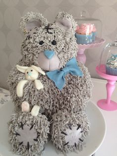 Teddy bear cake... cannot believe this is a cake!