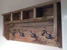 In this instructable I will show you how I made a farmhouse style coat hanger all from reclaimed pallet wood. This reclaimed pallet wood project is relatively simple to make with no fancy joinery or woodworking skills need.First you will need to dismantle Into The Woods, Woodworking Skills, Woodworking Projects Diy, Woodworking Furniture, Popular Woodworking, Teds Woodworking, Woodworking Articles, Woodworking Machinery, Woodworking Workshop