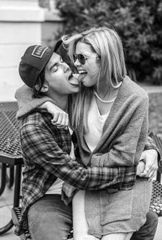 Ashley Benson and Tyler Blackburn They are soo cute together❤️❤️