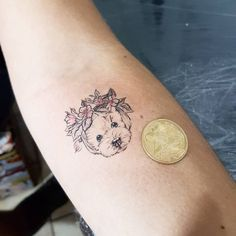 Awesome Dog Tattoos Ideas For Dog Lovers Amazing Awesome Dog Tattoos Ideas For Dog Lovers Mini Tattoos, Small Dog Tattoos, Wörter Tattoos, Tattoos For Dog Lovers, One Word Tattoos, Paar Tattoos, Friend Tattoos, Couple Tattoos, Body Art Tattoos