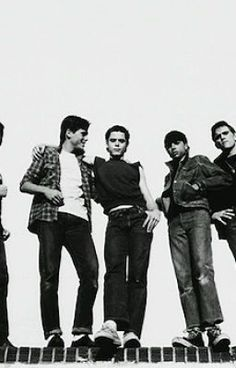 The Outsiders Imagines. - Ponyboy the book thieve. The Outsiders Fanfiction, The Outsiders Two Bit, The Outsiders Imagines, The Outsiders 1983, The Outsiders Sodapop, Greasers And Socs, Dallas Winston, Which Character Are You, Ralph Macchio