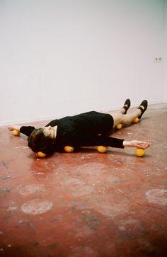 likeafieldmouse:  Erwin Wurm- One Minute Sculpture (1997)