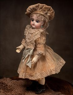 FG Gaultier French Bebe doll with closed mouth 18in
