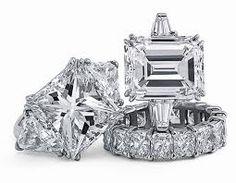 <3 Diamond rings! Bling bling!! <3
