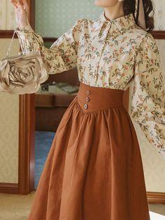 Vintage Skirt, Vintage Dresses, Vintage Outfits, Vintage Blouse, Vintage Fashion Style, Vintage Clothing Styles, Vintage Long Dress, Vintage Style Shoes, Vintage Wardrobe