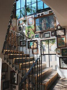 : Metal stair rail at Pink Mamma in Paris architektur Future House, My House, Metal Stair Railing, Aesthetic Room Decor, Dream Apartment, House Goals, Interior Exterior, Dream Rooms, My Dream Home