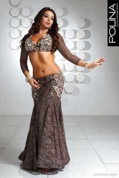 Belly Dancer Costumes, Belly Dancers, Dance Costumes, Belly Dance Outfit, Dance Outfits, Fashion Dresses, Female Cosplay, Hindu Art, Femininity