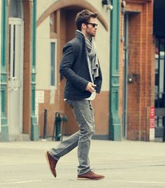 Wish all guys could dress like this...