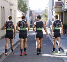 Carlton Afl, Carlton Football Club, Baggers, Rugby Players, Athletic Men, My Boys, Baby Blue, Sexy Men, Athlete
