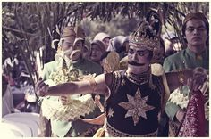 cucuk lampah Gatotkaca, at a traditional javanese wedding ceremony - rains studio eternalize your moments, check our tweets and follow us on twitter @RainPictureMLG