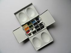 What the Professionals Use: Craig Young - The Paint Box - Watercolor Palettes
