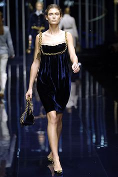 Dolce & Gabbana | Fall 2006 Ready-to-Wear Collection | Style.com