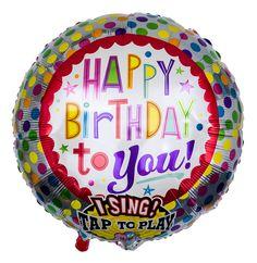 """Der farbenfrohe Ballon im Rundformat ist mit dem Geburtstagswunsch """"Happy Birthday to you! versehen. Bei Berührung des Ballons ertönt das gleichnamige Geburtstagsständchen und übermittelt Ihre Geburtstagswünsche dabei zweifach, in Buchstaben und Tönen."""