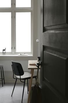 Shop Fredericia Furniture @ Olson and Baker UK Danish Furniture, Furniture Design, Dark Furniture, Workspace Inspiration, Interior Inspiration, Outdoor Dining Chairs, Interior Design Tips, Chair And Ottoman, Scandinavian Interior