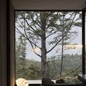 Mountain Retreat With Views // Fearon Hay Architects (glass windows wall living room)
