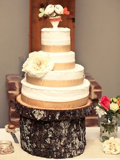 Good idea for the cake stand, just don't like how it has the grey ashy looking stuff.