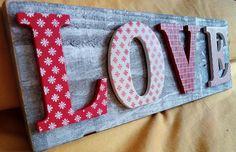 Cartel Love handmade. Lo puedes poner en tu espacio preferido; stand, cocina, habitación, despacho, tienda,aparador,escaparate...