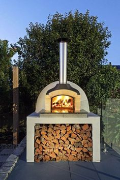 Outdoor Bbq Kitchen, Pizza Oven Outdoor, Outdoor Kitchen Design, Brick Oven Outdoor, Wood Oven Pizza, Outdoor Kitchens, Fire Pit Bbq, Fire Pit Backyard, Fire Pits