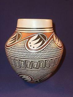 SPECTACULAR ONE-OF-A-KIND HOPI INDIAN POTTERY JAR BY BUREL NAHA