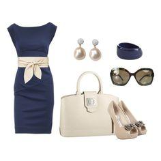 С чем носить бежевые туфли: синее платье