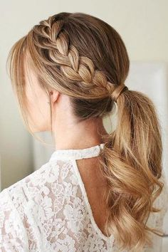 25 Gorgeous Wedding Hairstyles for Long Hair #wedding #hair #style #trends #southernliving