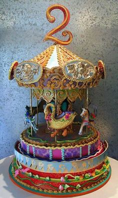 Carousel Cake...holy crap this is a cake! Unique Cakes, Creative Cakes, Elegant Cakes, Take The Cake, Love Cake, Cupcakes, Cupcake Cakes, Gorgeous Cakes, Amazing Cakes