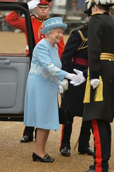 Her Majesty arrives at Horse Guards Parade where She will present the Household Cavalry with new standards, on May 28, in 2014 in London (LW19-7)