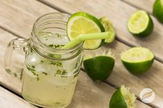 Another refreshing recipe starring our Product of the Month – Wildtree's Old Fashioned Lemonade. This time we've mixed it with fresh mint and Wildtree's Mojito Mixer for kick of lime!