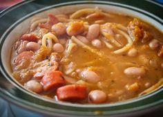 Como preparar la Receta Tradicional de Porotos Con Riendas, Ingredientes y Modo de Preparación Paso a Paso, Recetas de Cocina Chilena, Comidas de Chile