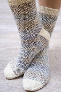 Broken Seed Stitch Socks