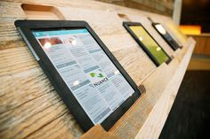 umpqua_bank_branch_ipad_lounge