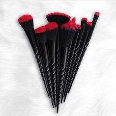 6a68eadc1c09 10-pc Set Gothic Style Pro Makeup Brush Kit  makeupcollection Makeup  Collection