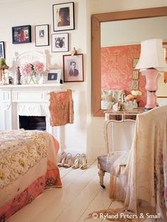 vintage bedroom decor.....good idea for pictures of relatives