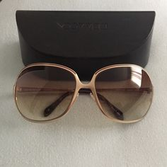 1b9444b2dc9 Gold Oliver people s sunglasses A pair of gold framed Oliver people  sunglasses. Super cute and